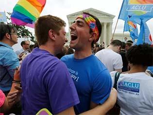 http://s2.glbimg.com/n_gOAJbVEPoc7K9jrvwtbYVIZHU=/620x465/s.glbimg.com/jo/g1/f/original/2015/06/26/casamento_gay_-_usa-court-gaymarriage_jim_bourg_reuters_2015-06-26t142505z_265190473_tb3eb6q141i55_rtrmadp_3_usa-court-gaymarriage.jpg