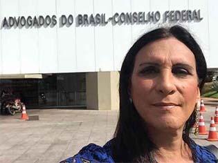 http://www.correiobraziliense.com.br/app/noticia/brasil/2017/01/10/internas_polbraeco,564222/transexuais-tem-direito-a-novos-documentos.shtml